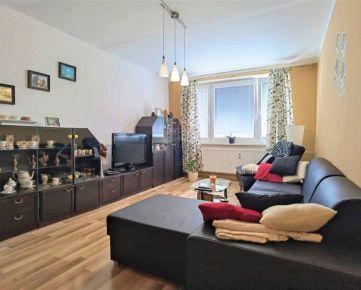 =RE/MAX= Na predaj veľký 3 izbový byt, 80 m2