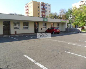 PRENÁJOM priestoru na kozmetiku ,masáže,pedikúru,21 m2,Ružinov- Pošeň,vlastné parkovanie.