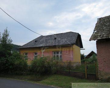 Dom v horskej dedinke Ratkovské Bystré