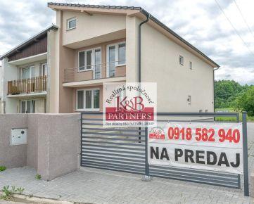 Exkluzívne Vám ponúkame na predaj novostavbu priestranného 5i rodinného domu v obci Horňany (okres Trenčín).