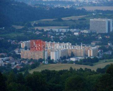 Súrne hľadám pre klienta rodinný dom v Banskej Bystrici časť Podlavice