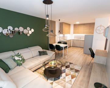Ponúkame EXKLUZÍVNE na prenájom 2-izbový byt, 50,03 m2 + 4,69 m2 loggia s krásnym výhľadom do parku v Urban Residence