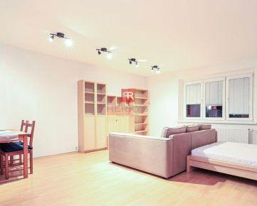 HERRYS - na prenájom zariadený výborne situovaný 1 izbový byt v blízkosti Trnavského mýta