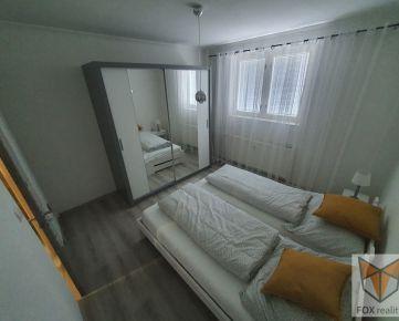 FOX - EXKLUZÍVNE * 2 izbový byt * G. Goliana * čiastočná rekonštrukcia * zariadený