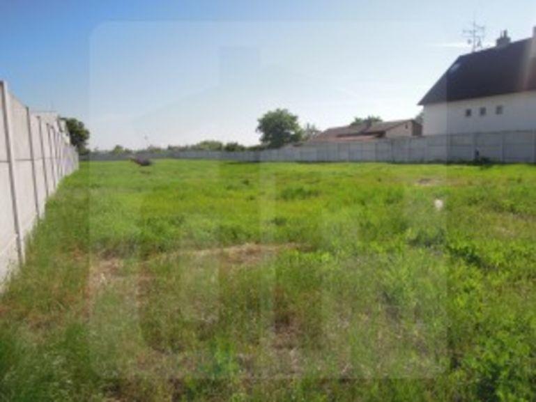 Pozemok pre rodinné domy 3588m2