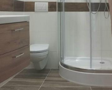 2 kk/2garsonka/1,5 izbový byt -  ulica Ivana Bukovčana s loggiou po novej kompletnej rekonštrukcii (2019)