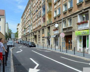 Predaj 2 izbový byt Hollého ulica Bratislava I – Staré Mesto