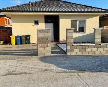 Rodinný dom v Lehniciach, v časti Sása