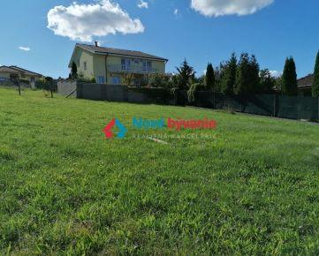 Predaj slnečného pozemku - Párovské Háje (Prameň)