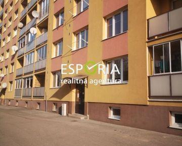 2 izbový byt v širšom centre na prenájom
