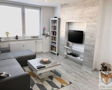 FOX - Vkusný 2 izbový byt s loggiou, zariadený * kompletná rekonštrukcia * Hlboká ulica