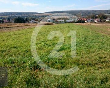 CENTURY 21 Golden Real ponúka -EXKLUZÍVNE: Predaj pozemku Košické Oľšany 2549 m2