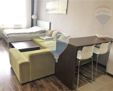 PRENÁJOM: 1-izbový byt, 35m2, Kadnárova ul., Rača, kompletná rekonštrukcia, zariadený, klimatizácia