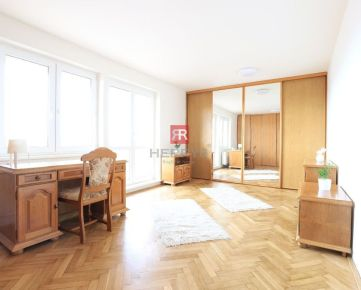 HERRYS - Na prenájom kompletne zrekonštruovaný 3 izbový byt na Kramároch s krásnym výhľadom na Bratislavu