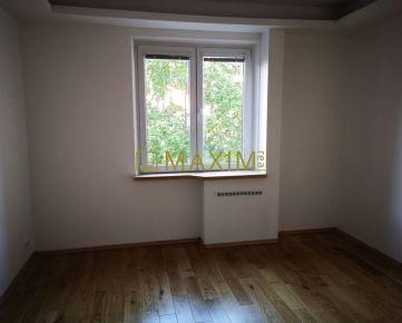 Veľký, zrekonštruovaný 3- izbový byt s balkónom na Mesačnej ulici