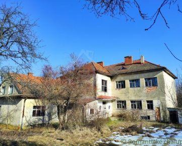 NOVÁ CENA !!!Ponuka pre podnikavých - Budova starej školy v peknom prostredí pri Detve
