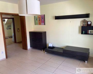PRENÁJOM príjemného 2-izbového bytu pod Zoborom