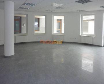 Prenájom 66,30 m² kancelárky priestor v centre Trnavy
