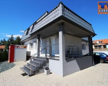 Penzión, úžitková plocha 216 m2 + pivnica, pozemok o výmere 599 m2, Trnava, časť Spiegelsaal. CENA: 420 000,00 EUR