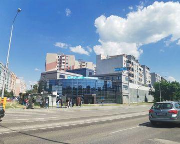 PREDAJ administratívnej budovy na Rusovskej ceste