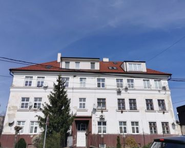 Dražba mezonetového bytu o výmere 111m2 v Malackách