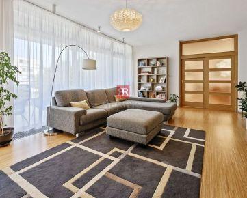 HERRYS - Na predaj jedinečný 3 izbový byt vo vynikajúcej lokalite v Starom Meste