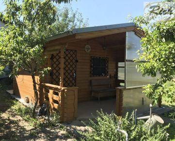 Záhradná obytná chatka so záhradou 653 m2 v Trnave-Modranská cesta.