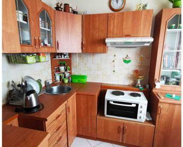 *** 1 izbový byt, Banská Bystrica, STARÁ SÁSOVÁ, zariadenie v cene