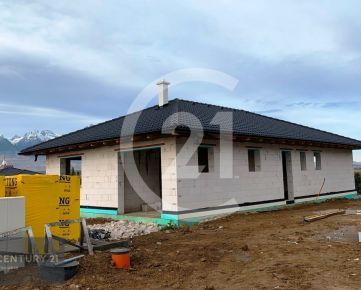 Novostavba rodinného domu s garážou v podtatranskej obci Mlynica