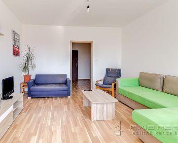 360° VIRTUÁLNA PREHLIADKA:: Veľký 2-izbový byt s lodžiou, BA IV. DNV, ul. J. Poničana