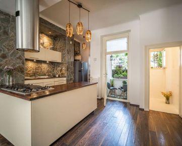 PROMINENT REAL predá pekný 4 izbový byt na Zochovej ulici v BA I.