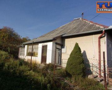 Na predaj rodinný dom 105 m2, pôvodný stav, pozemok 2036 m2, Radava, Nové Zámky. CENA: 58 900,00 EUR