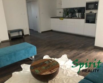 Ponúkame Vám na prenájom krásny a slnečný 3i byt + 2x BALKÓN