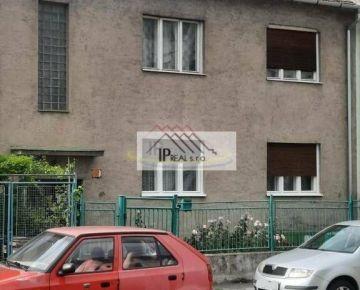 Predaj rodinný dom Prešovská ulica v Ružinove - Bratislava II