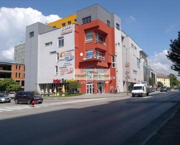 Na predaj obchodný dom DAPA v centre mesta Trenčín