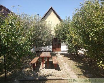 Vínny domček v chatovej oblasti obce Vinica