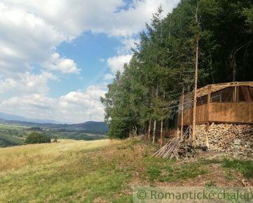 Chata s vlastným lesom a prekrásnym výhľadom pri Banskej Bystrici