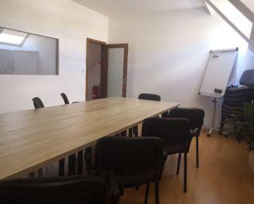 Kancelársky priestor – 31,52 m2 s vlastným parkovaním na prenájom, Rastislavova 68, Košice