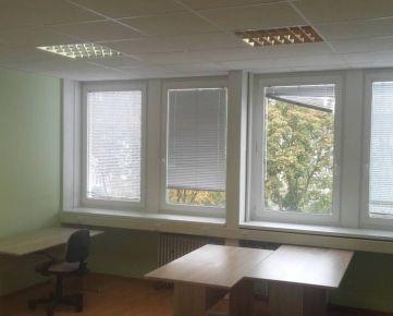 Klimatizovaný kancel. priestor 30 m2 pri POLUS-e na Pluhovej ul. s možnosťou lacného parkovania